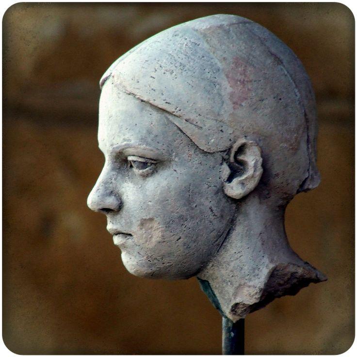Marga. Small portrait in clay.