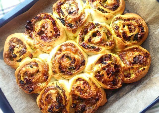 ПИРОГИ & БУЛКИ: Хлебные роллы с сыром и песто