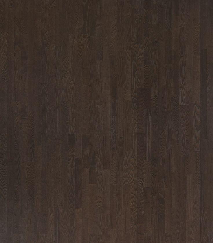 Parchet inchis la culoare frasin Lungo Matt Loc 3S Polarwood  Acest Parchet inchis la culoare frasin Lungo Matt Loc 3S Polarwood, este un parchet stratificat extrem de elegant si confortabil de culoare maro inchis, produs de catre Polarwood. Culoarea maro inchis aduce un plus de stil incaperii. Este un parchet de trafic intens 3 strip, de 14 mm grosime. Suprafata lamelei de parchet este protejata cu ajutorul straturilor de lac (cu protectie UV). #parchet #parchetinchislaculoare