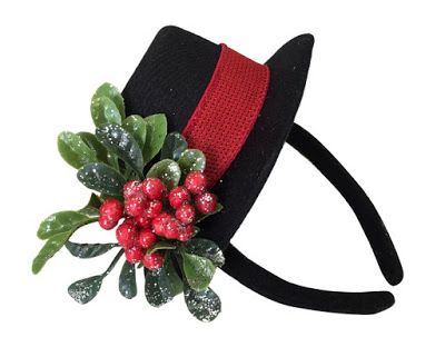 Christmas Shopaholic: My Five Favorite Christmas Mini Top Hats for Little Girls