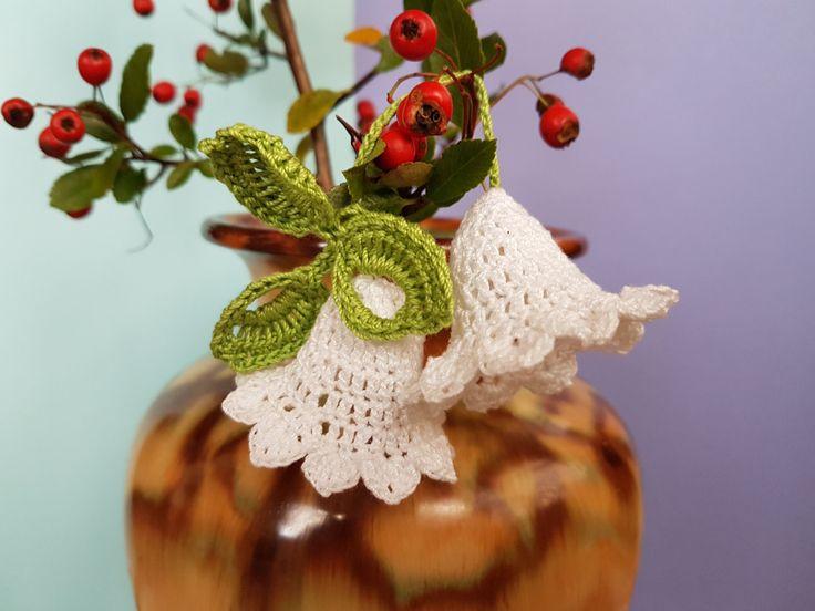 Crochet Christmas bells, White bells, Set of 2 bells decor, Bells with green leaves, New Year bells, Christmas tree bells, Holy bells by GrandmasOldBox on Etsy