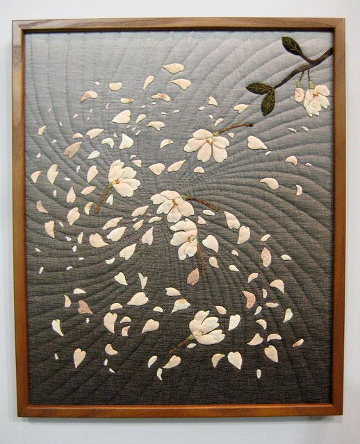 Framed quilt, dogwood or magnolia, Tokyo International Quilt Festival 2012. Awesome use of an ombre fabric.