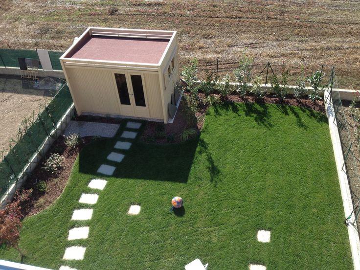 Pi di 25 fantastiche idee su casetta in giardino su - Casette da giardino moderne ...
