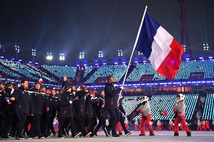 Photo: Getty Images Mais qui sont ces athlètes issus de pays francophones qui portaient fièrement les porte-étandards de leur nation respective lors de la c...