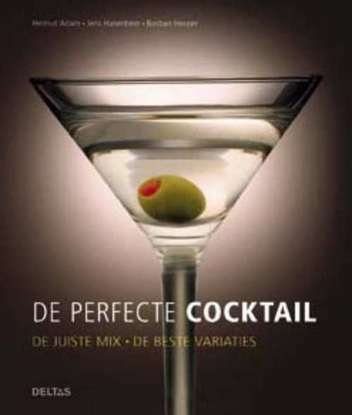 De juiste mix - de beste variaties  Met dit boek wordt het mixen van cocktails heel eenvoudig! Hierin staan de beste recepten voor de 20 populairste cocktailklassiekers, met achtergrondinformatie over de drankjes door de eeuwen heen, alsook geheime tips voor de lekkerste smaak in elk glas! En wat dit boek extra speciaal maakt… Bij elk classic-recept staan twee trendy variaties, dat zijn dus in totaal 60 heerlijke cocktails om uit te proberen en van te genieten!