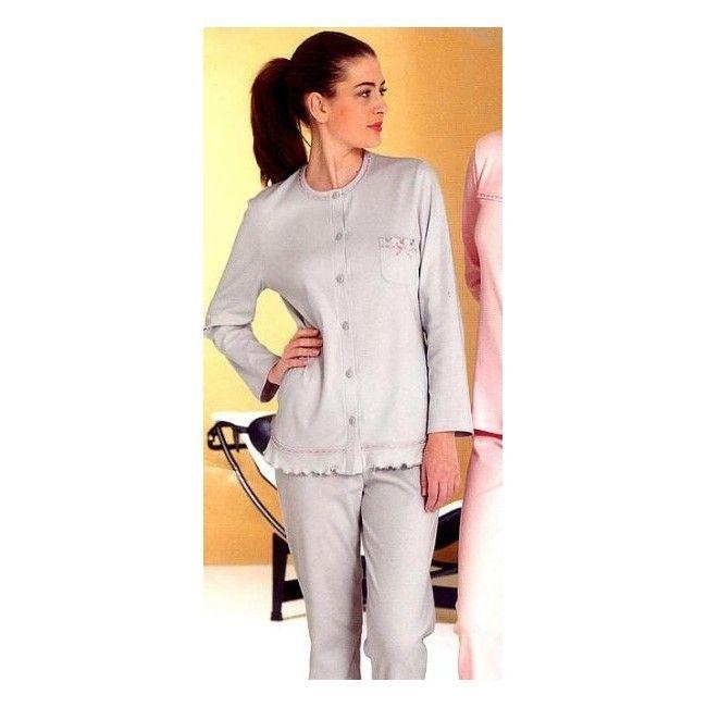 PIGIAMI E HOMEWEAR - Novità - Tendenze moda donna AW su Oysho on-line: biancheria intima, lingerie, abbigliamento sportivo, scarpe, accessori e costumi da bagno.