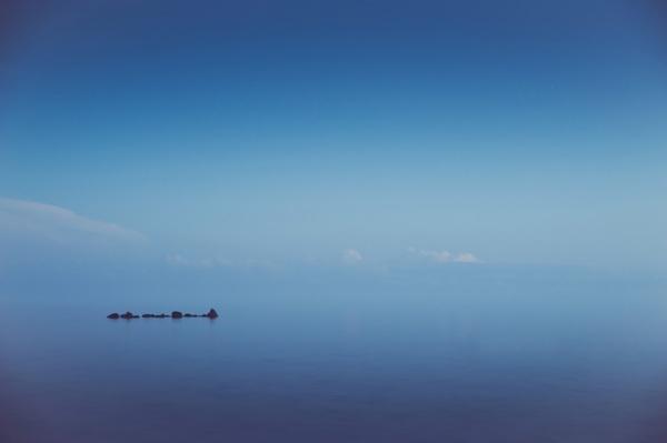 Autumn sea by Nina Lindfors, via Behance