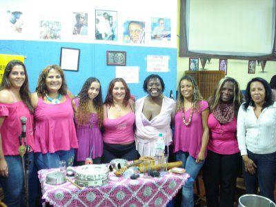 """Criada em março de 2008, formada e liderada por mulheres compositoras e instrumentistas atuantes no samba de São Paulo como Samba da Vela. São compositoras e instrumentistas atuantes na samba de São Paulo com Elisa e Zanza (Samba da Tenda); Ana Elisa e Cida (Samba da Vela); Camila e Digina (Feitiço de Mulher) com o...<br /><a class=""""more-link"""" href=""""https://catracalivre.com.br/geral/agenda/barato/samba-d%c2%b4elas-heranca-de-ciata/"""">Continue lendo »</a>"""