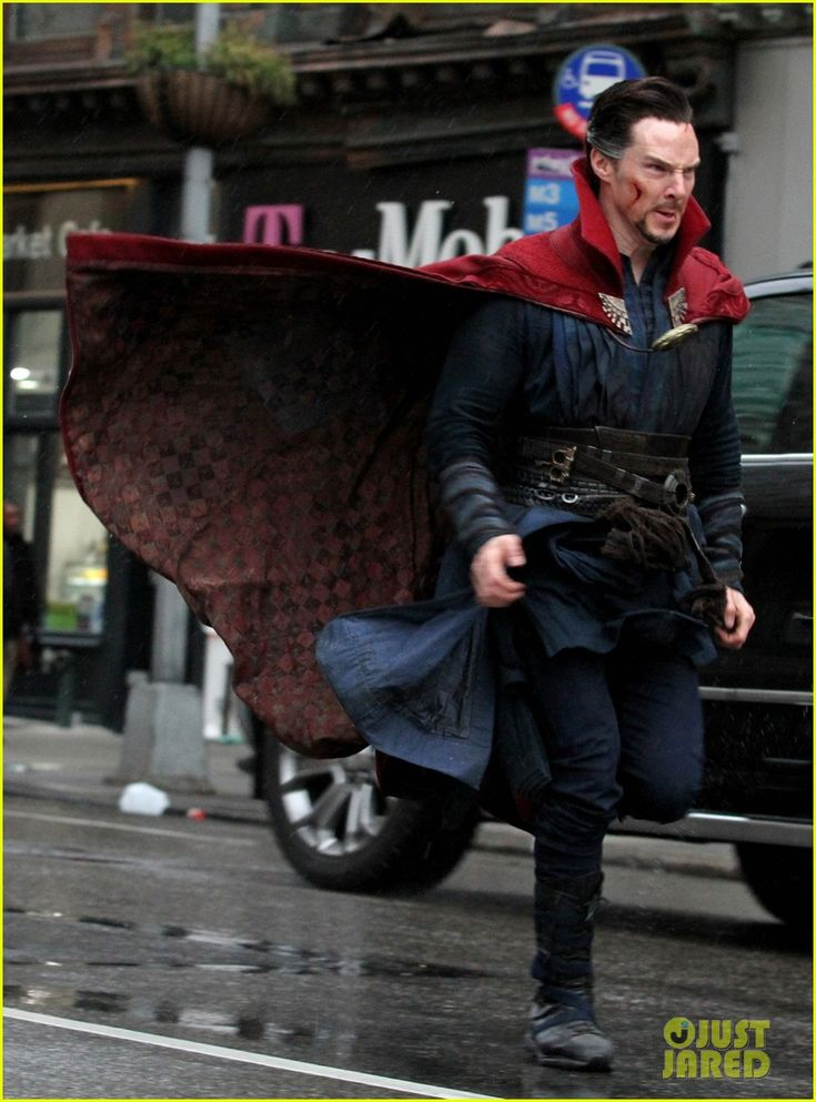 Benedict Cumberbatch Films 'Doctor Strange' in NYC - First Pics!: Photo #3620253. Benedict Cumberbatch runs down the street while filming an action scene for his upcoming Marvel movie Doctor Strange on Saturday (April 2) in New York City.    The…