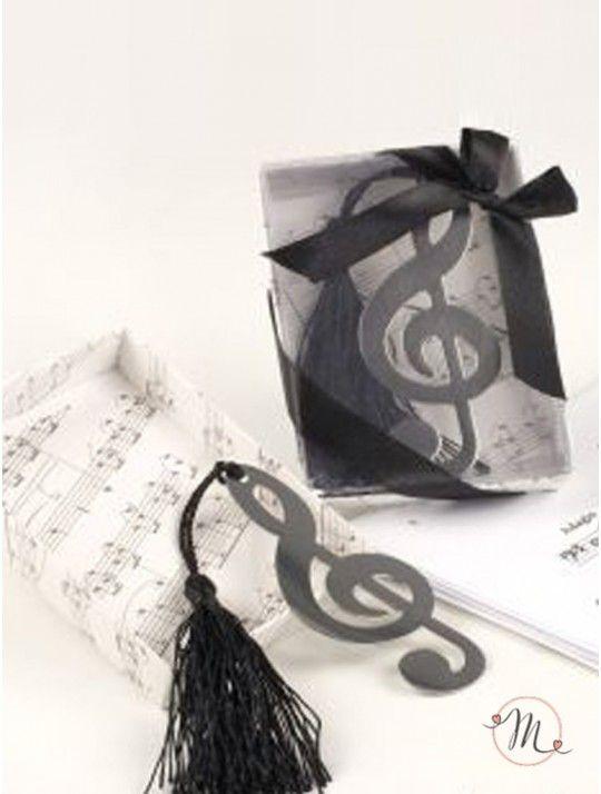 Segnalibro - Chiave di violino. Segnalibro chiave di violino con scatola regalo e fiocco. In metallo leggero. Dimensioni scatolina : 10 cm x 7 cm. Dimensioni chiave di violino: 8,5 di altezza, 3,5 di larghezza. In #promozione #bomboniere #matrimonio #weddingday #ricevimento #wedding #sconti