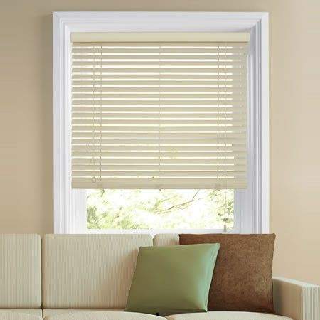 Cream wooden venetian blinds work well with neutral colour schemes.