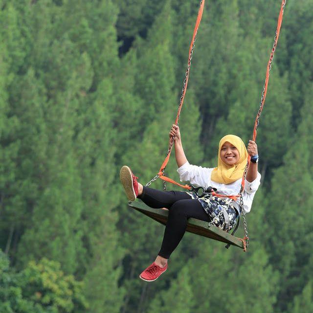 Mountain Swing The Lodge Maribaya, Wisata bandung http://anekatempatkuliner.blogspot.co.id/2016/12/wisata-bandung-yang-hits-dan-wajib.html