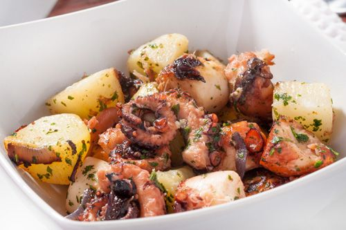 Traditional Italian Octopus and Potato Salad (Insalata di Polpo e Patate) | Enjoy this authentic Italian recipe from our kitchen to yours. Buon Appetito!