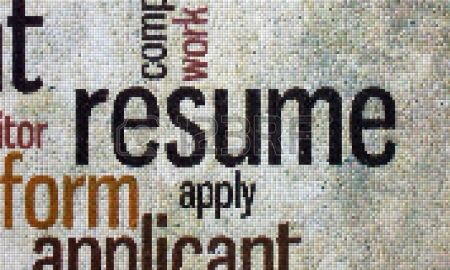 Should I include extra curricular activities on a resume?
