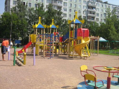 Игровые площадки боятся доверять в частные руки http://xn--80aefeqs3j.xn--p1ai/novosti-nedvizhimosti/igrovye-ploshhadki-boyatsya-doveryat-v-cha/  http://xn--80aefeqs3j.xn--p1ai/novosti-nedvizhimosti/igrovye-ploshhadki-boyatsya-doveryat-v-cha/ В течении последних нескольких месяцев в пензенских дворах установлено большое количество детских площадок, на днях глава УЖКХ заявил о том, что данные строение будут переданы муниципальным управляющим компаниям. Такое решение Андрей Гришин объяснил…