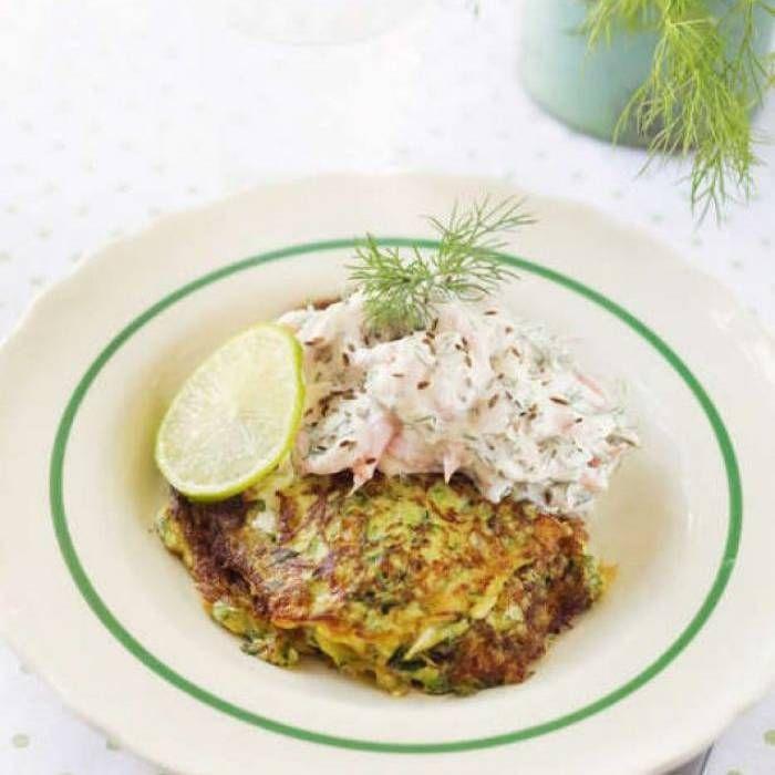 Zucchini- och ostplättar med räkröra