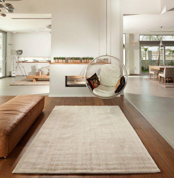 fauteuil suspendu rond, intérieur à espace ouvert