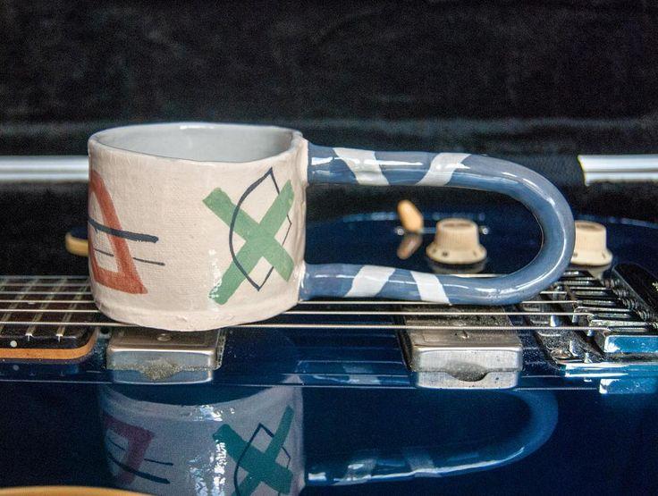 rebu ceramics  #rebuceramics #ceramics #ceramic #pottery#clay #keramik #ceramicmug #mug #handle #longhandle #handbuiltceramics #handpainted #uniquedesign #unique #engobe