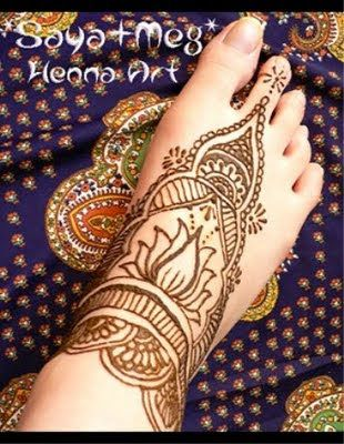 easy henna foot designs | Creative Mehndi Design-Feet 007
