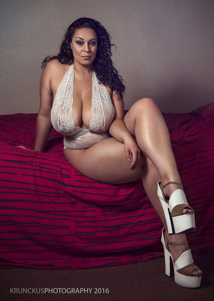 Latina Breast 105
