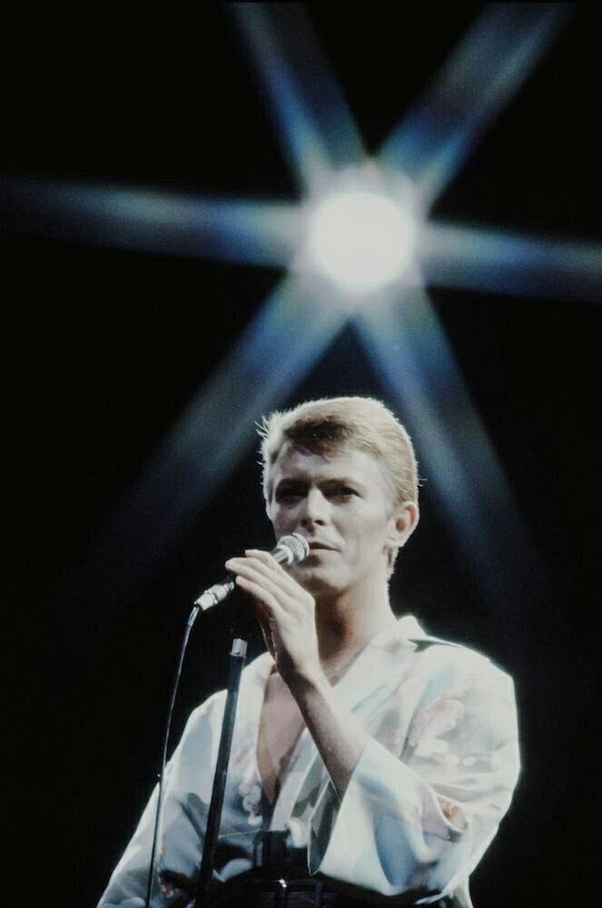David Bowie live in Tokyo, December 1978