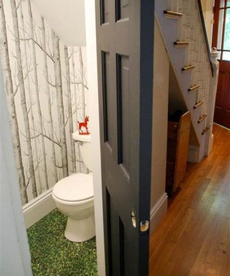 Modern Twist Downstairs WC!Faux Grass Is Cheap And Cheerful!