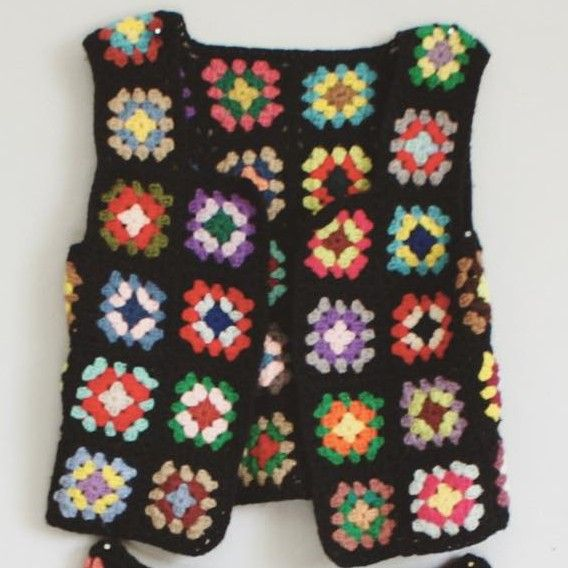 1000+ ideas about Granny Square Poncho on Pinterest ...