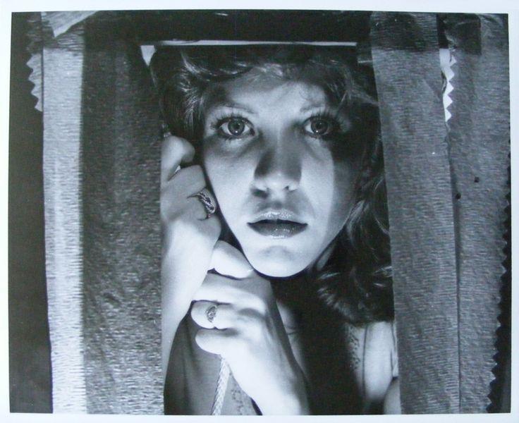 "Laura Palmer walks with me (Nancy Allen in""Carrie"", 1976)"