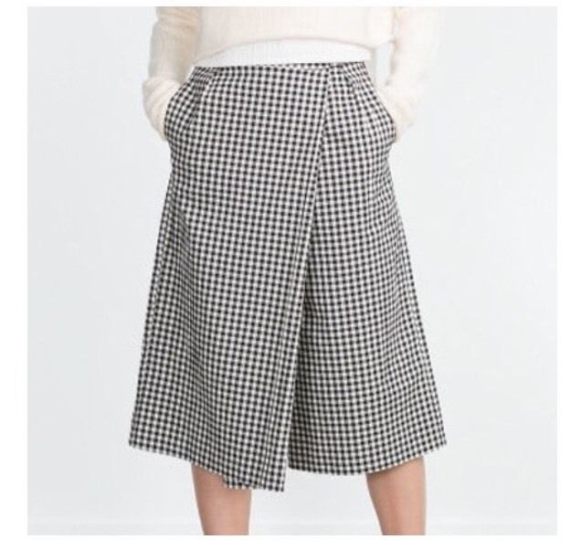 NWT Womens Zara Trafaluc cropped wide leg pants lagenlook sz M Plaid Black White  | eBay