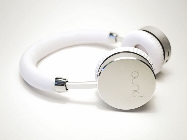 Kids wireless Bluetooth headphones, with our Puro Balanced Response® sound curve along with Healthy Ears® hearing protection, the model BT2200 headphones are a great choice for parents who are concerned about hearing health but want to give their children a product that they will actually want to use.