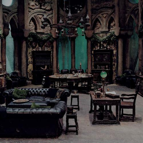 vintage Grunge architecture Interior Design gothic crumbling ome