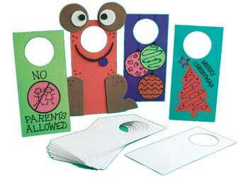 Door Hangers 21cm Pack of 20. Supplied plain for the children to decorate, these look great on display and the creative possibilities with these are endless.