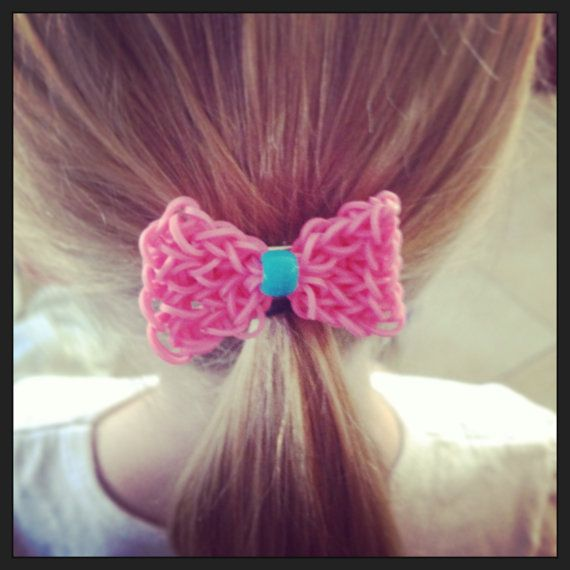 Rainbow Loom Hair Bow .