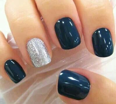 dark deep blue mani with a accent nail silver sparkle! DIY glam! Glamour your manicures & pedicures easily with Jamberry. #DiamondDustSparkle