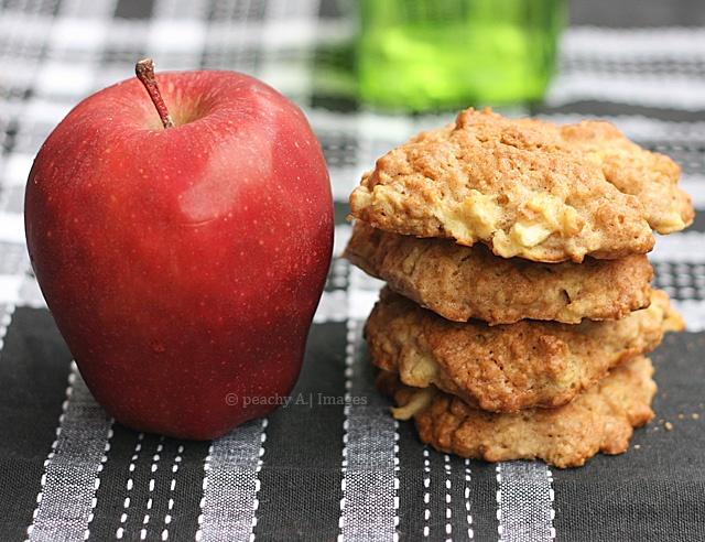 Apple Cinnamon Oatmeal Cookies   Sweet Tooth   Pinterest