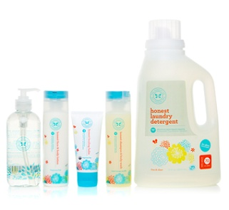 Love the bundle of good & safe cleaners for the home! #HonestCompany