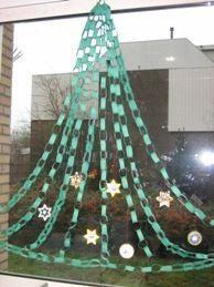 Kerstboom van slingers en strijkkralen.jpg (194×259)