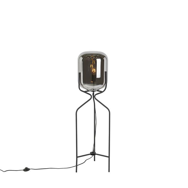 Gerade Design-Stehleuchte schwarz mit Rauchglas - Bliss Jetzt bestellen unter: https://moebel.ladendirekt.de/lampen/stehlampen/standleuchten/?uid=12abd714-90ab-50e8-b928-524b056de396&utm_source=pinterest&utm_medium=pin&utm_campaign=boards #stehlampen #leuchten #lampen #design Bild Quelle: www.lampenundleuchten.de