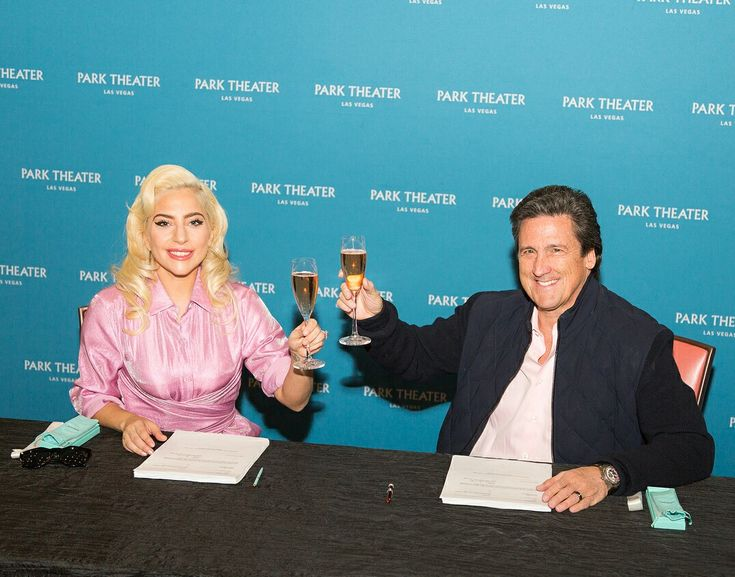 Lady Gaga's gonna be a Las Vegas girl!
