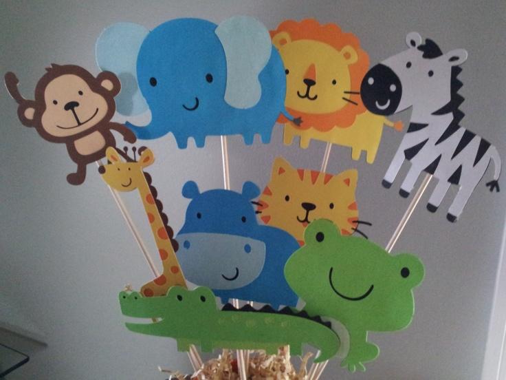 1000+ ideas about Jungle Centerpieces on Pinterest Safari centerpieces, Pixie hollow party and