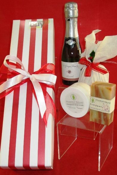 Christmas Gift Baskets Adelaide No. 201  http://giftbasketsadelaide.com.au/gift-baskets-adelaide-no.-201-Christmas-Gifts.html