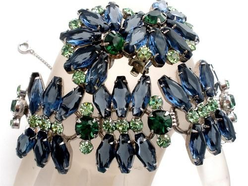 Book Set Juliana Sapphire Blue Emerald Rhinestone Set Bracelet Earrings Vintage