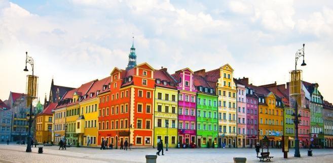 Kolorowe kamienice na wrocławskim Rynku.