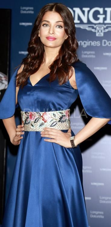 Aishwarya Rai Bachchan stuns in blue at a launch event! | PINKVILLA