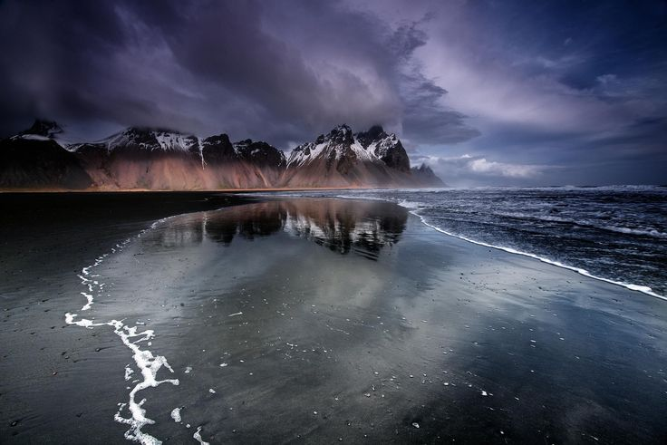 Stokksnes beach and mountains | Discovered from Dream Afar New Tab