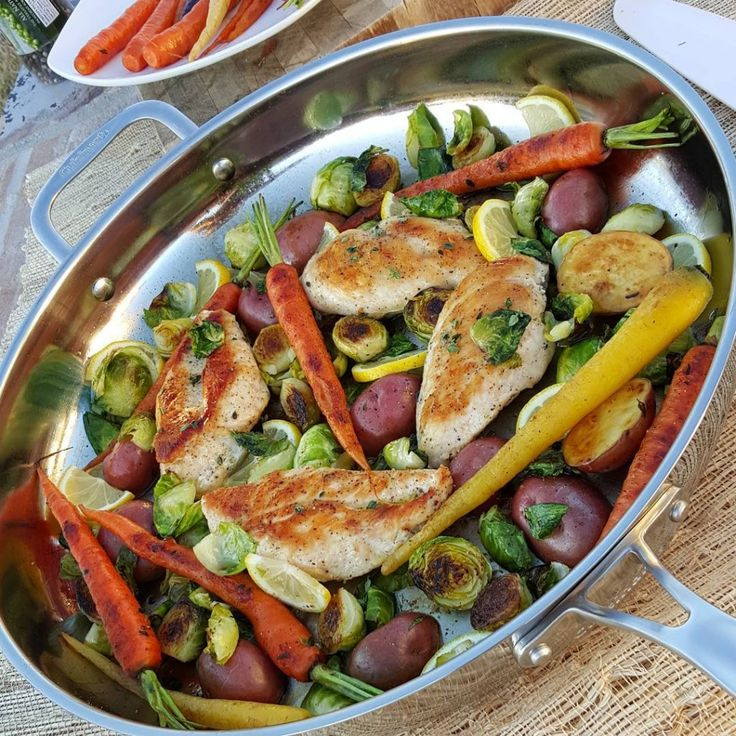 Spring Veggies and Skillet Chicken http://cleanfoodcrush.com/skillet-chicken-spring-veggies/