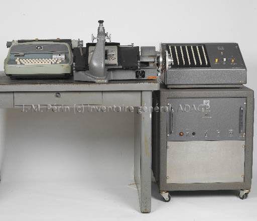 Pôle Patrimoine scientifique de l'Université Montpellier 2 - Gestion des collections - Microscope digital L 128
