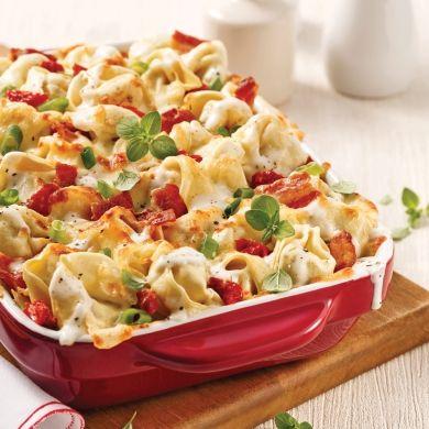 Gratin de tortellinis au bacon et oignons verts, sauce au fromage - Recettes - Cuisine et nutrition - Pratico Pratique