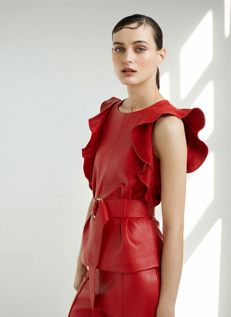 Red leather top - Leather - Ready to wear - Uterqüe United Kingdom