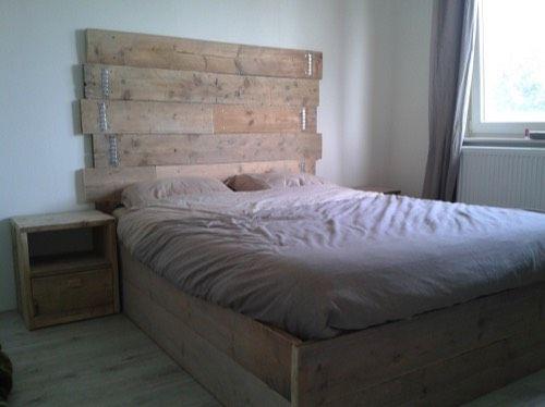 steigerhout tweepersoonsbed (voor slaapkamer uiteraard)
